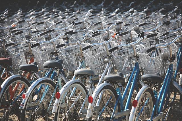 jízdní kola s košíky