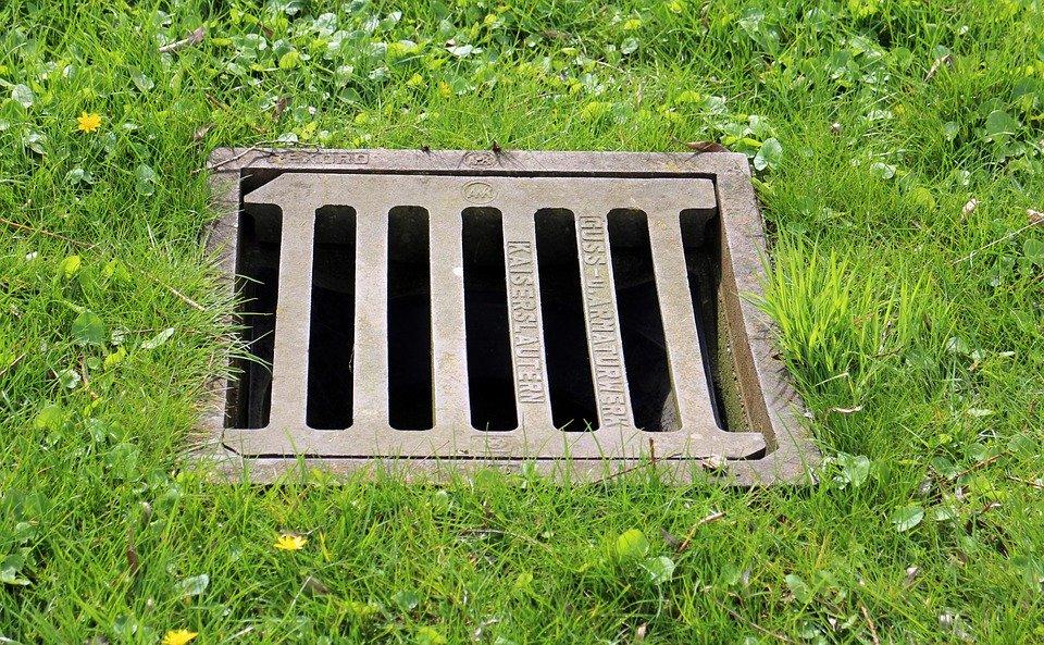 kanalizační poklo